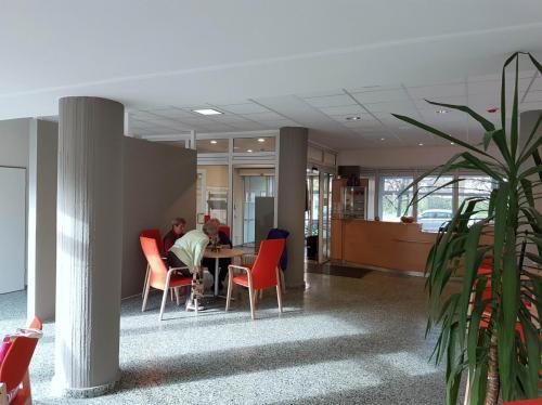 Foyer und Café Caritas Seniorenzentrum Berlin 4