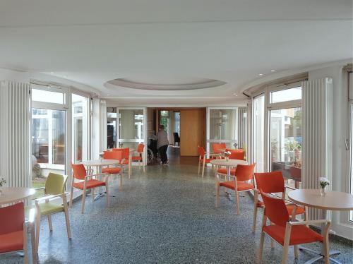 Foyer und Café Caritas Seniorenzentrum Berlin 5