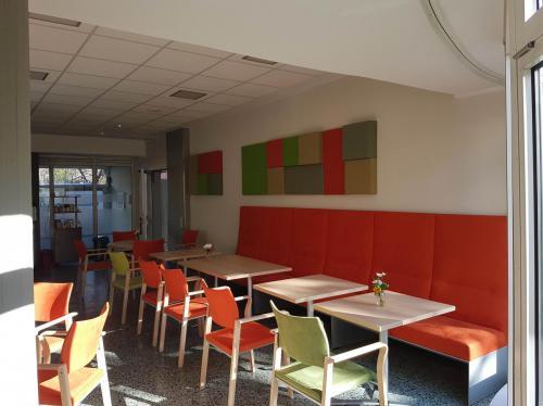 Foyer und Café Caritas Seniorenzentrum Berlin 6